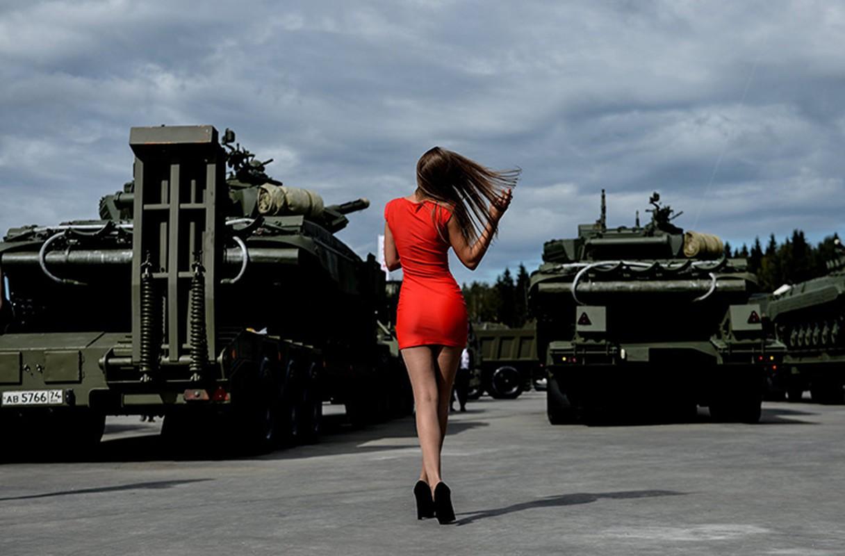 Loat anh tuyet dep, an tuong trien lam Army-2016 o Nga-Hinh-9