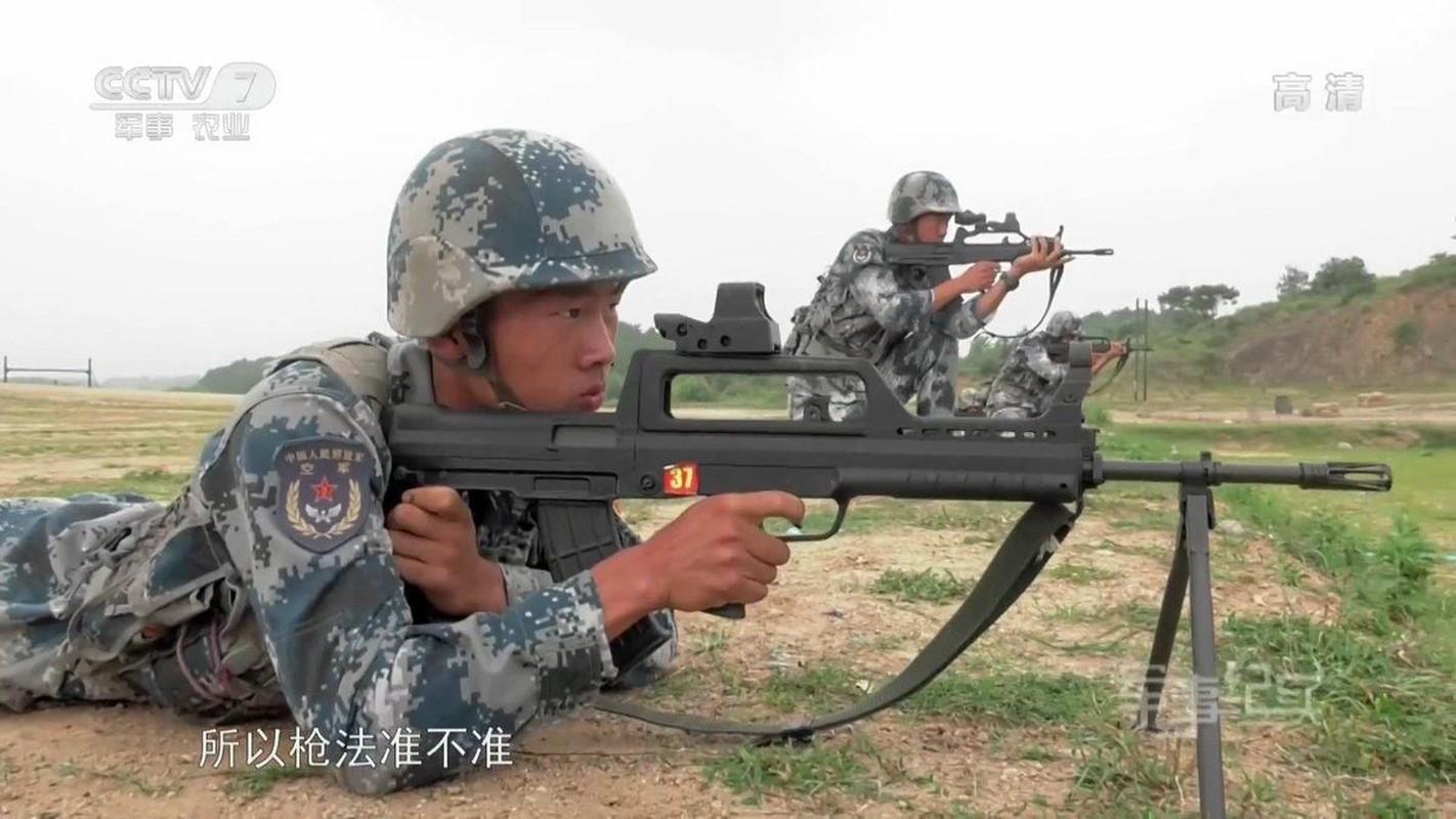 Ba mau sung giup quan doi Trung Quoc