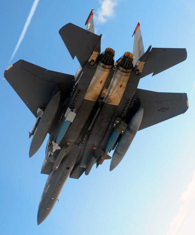 """My bien tiem kich F-15 thanh """"ngua tho"""" vu khi dich thuc-Hinh-14"""