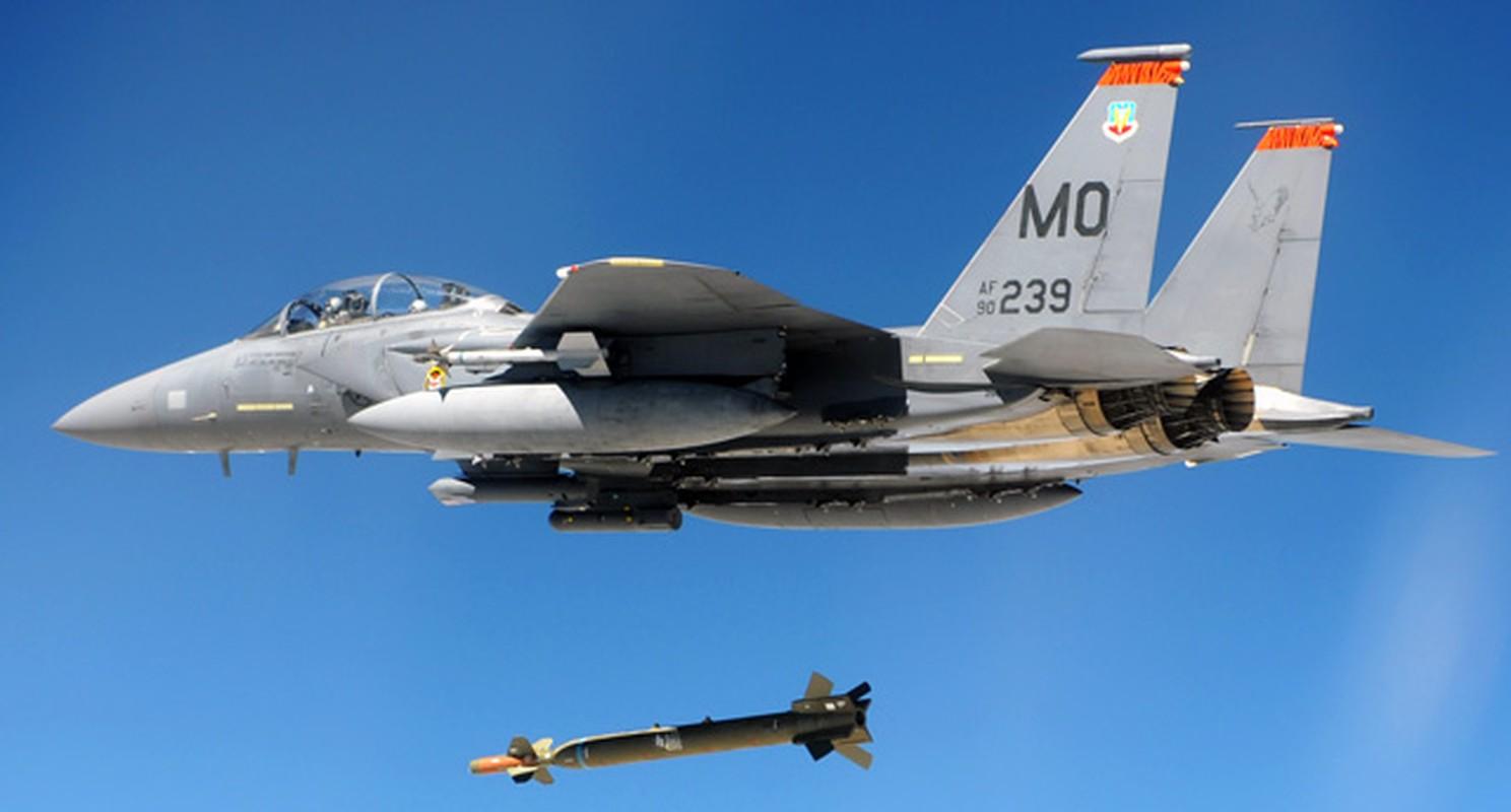 """My bien tiem kich F-15 thanh """"ngua tho"""" vu khi dich thuc-Hinh-9"""