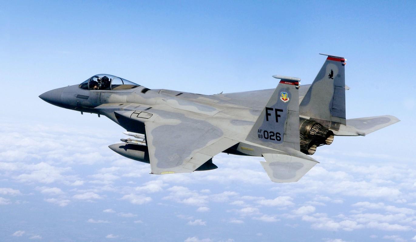 "My bien tiem kich F-15 thanh ""ngua tho"" vu khi dich thuc"