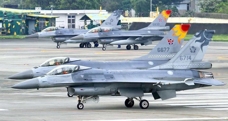 Dai Loan kich hoat Phi doi tiem kich F-16V dau tien, san sang nghenh chien-Hinh-4
