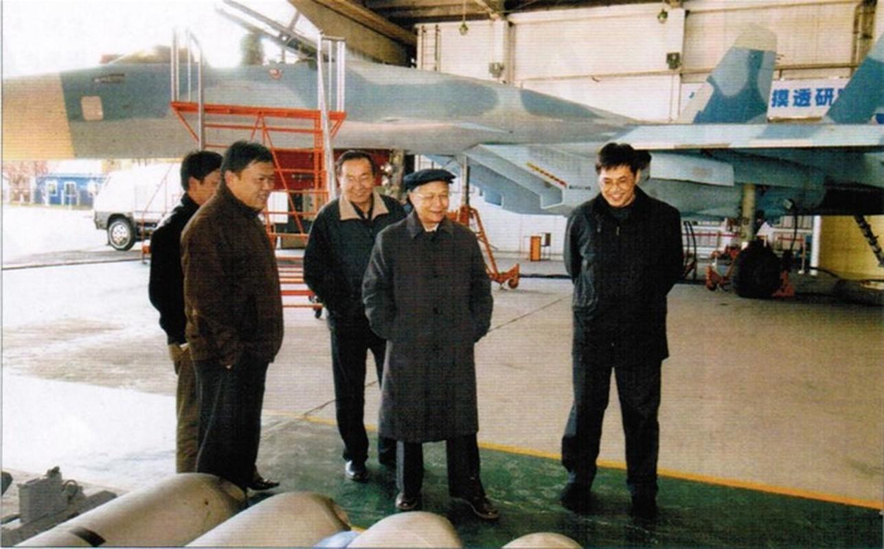 Tiem kich ham J-15 cua Trung Quoc thanh tro cuoi cho nguoi Nga-Hinh-2