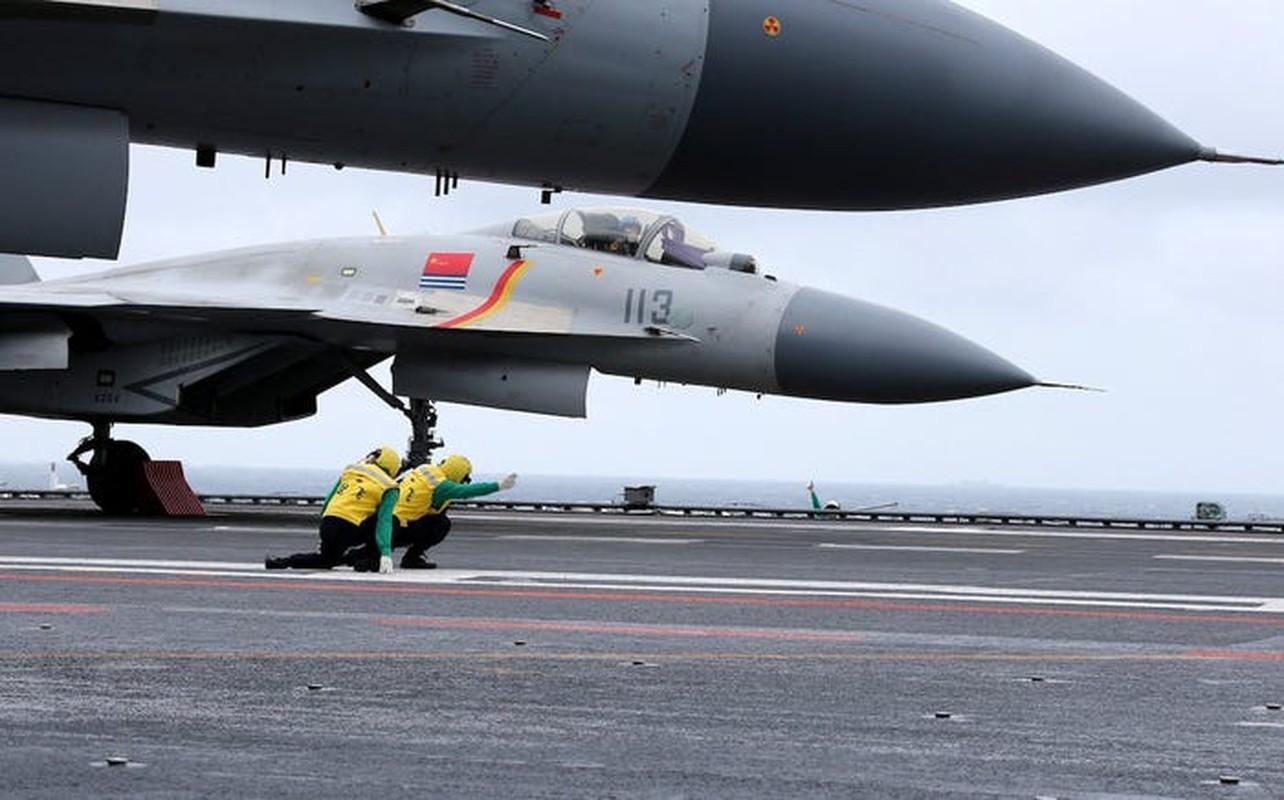 Tiem kich ham J-15 cua Trung Quoc thanh tro cuoi cho nguoi Nga-Hinh-7