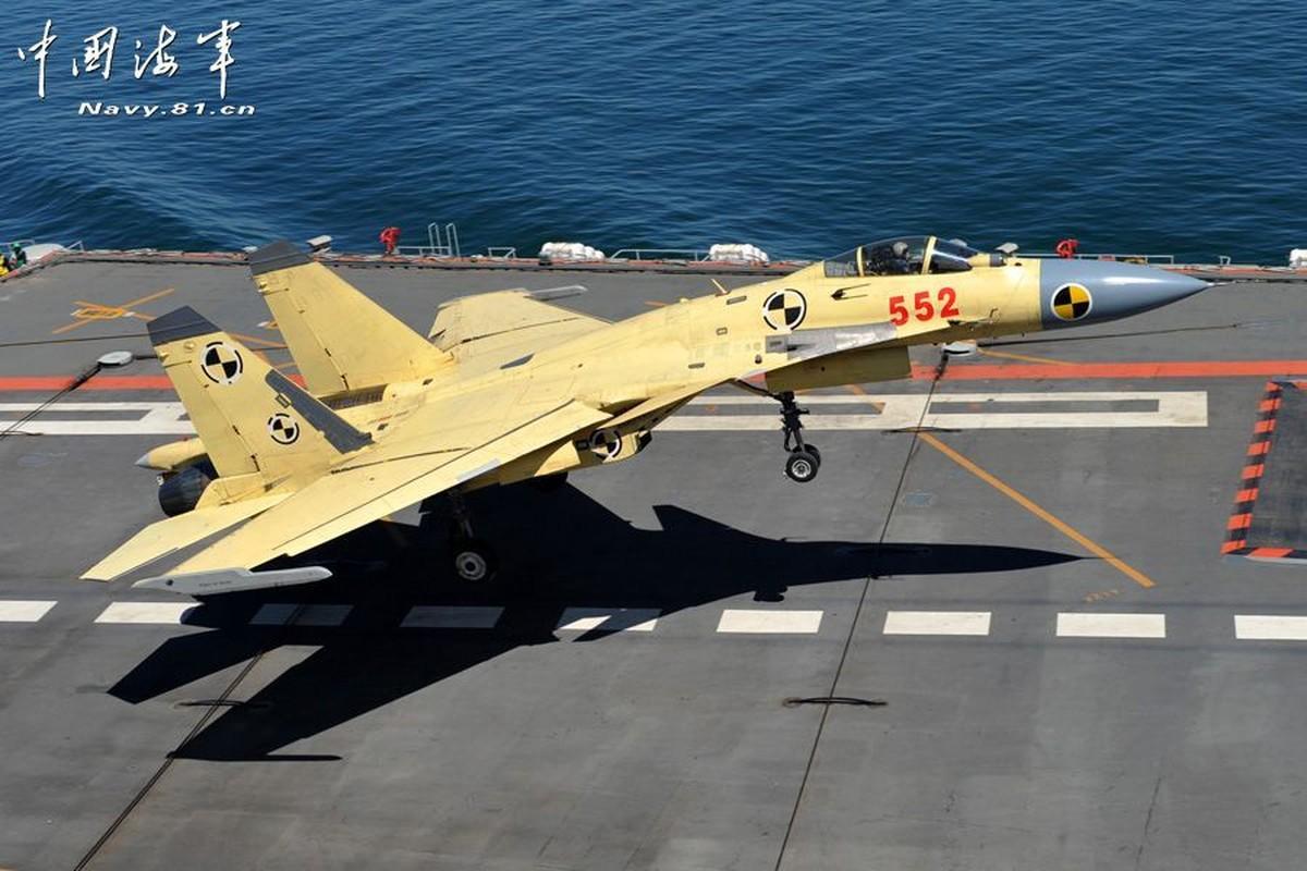 Tiem kich ham J-15 cua Trung Quoc thanh tro cuoi cho nguoi Nga