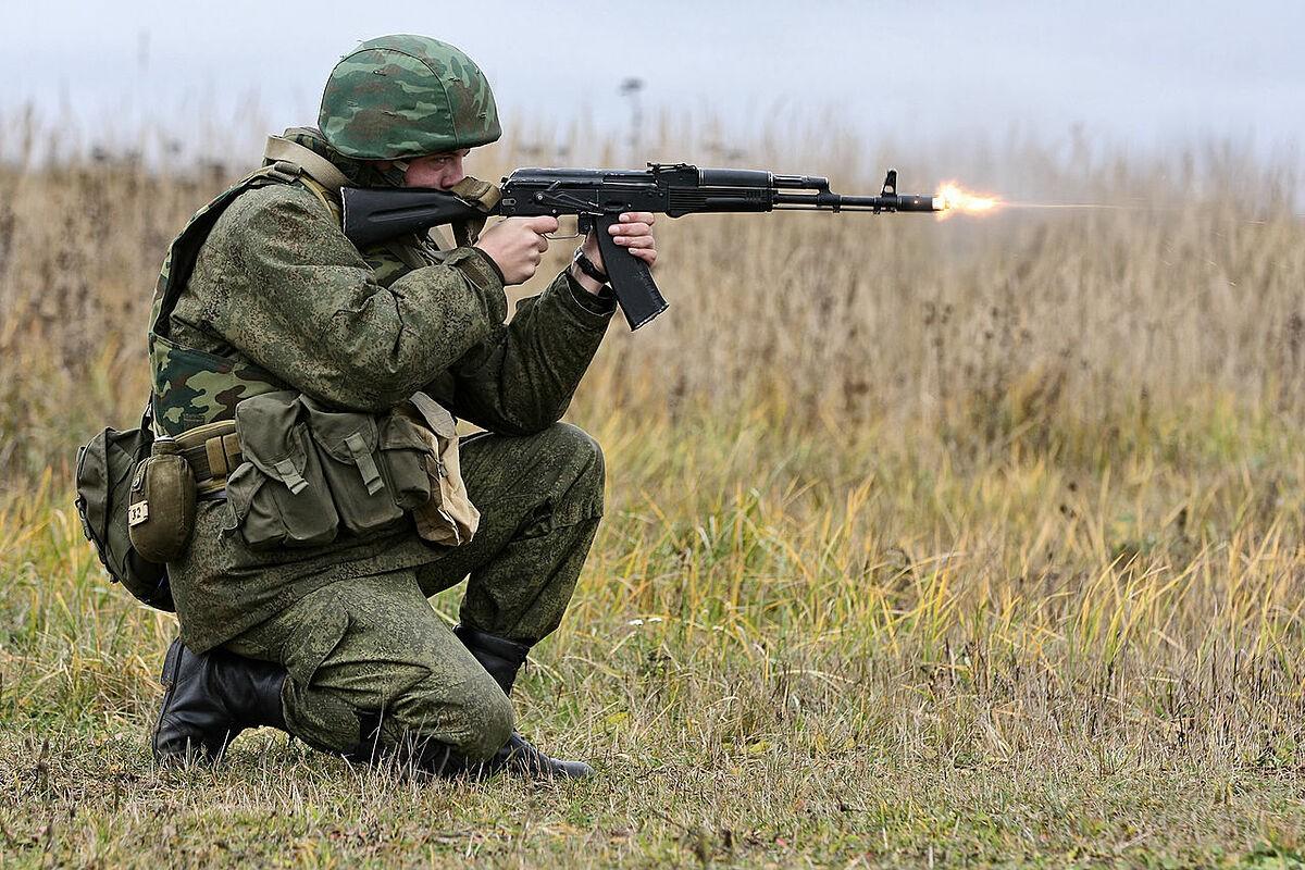AK-12 va hanh trinh gian truan de co cho dung trong quan doi Nga-Hinh-10