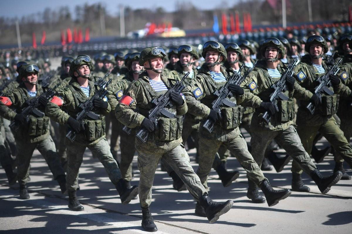AK-12 va hanh trinh gian truan de co cho dung trong quan doi Nga-Hinh-13