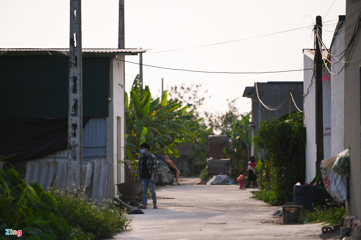 Do an het, cong nhan Hai Duong lay lat song giua dich COVID-19-Hinh-2
