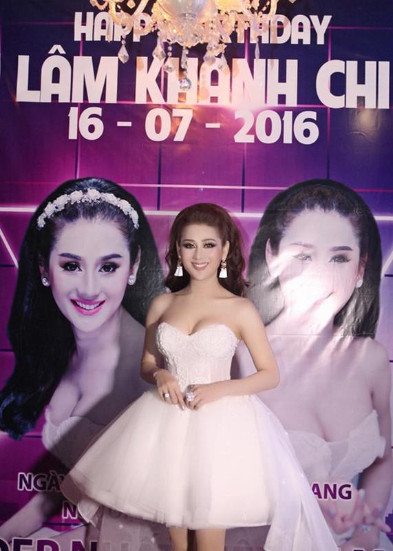 Lam Chi Khanh vui ve don sinh nhat sau lum xum-Hinh-2