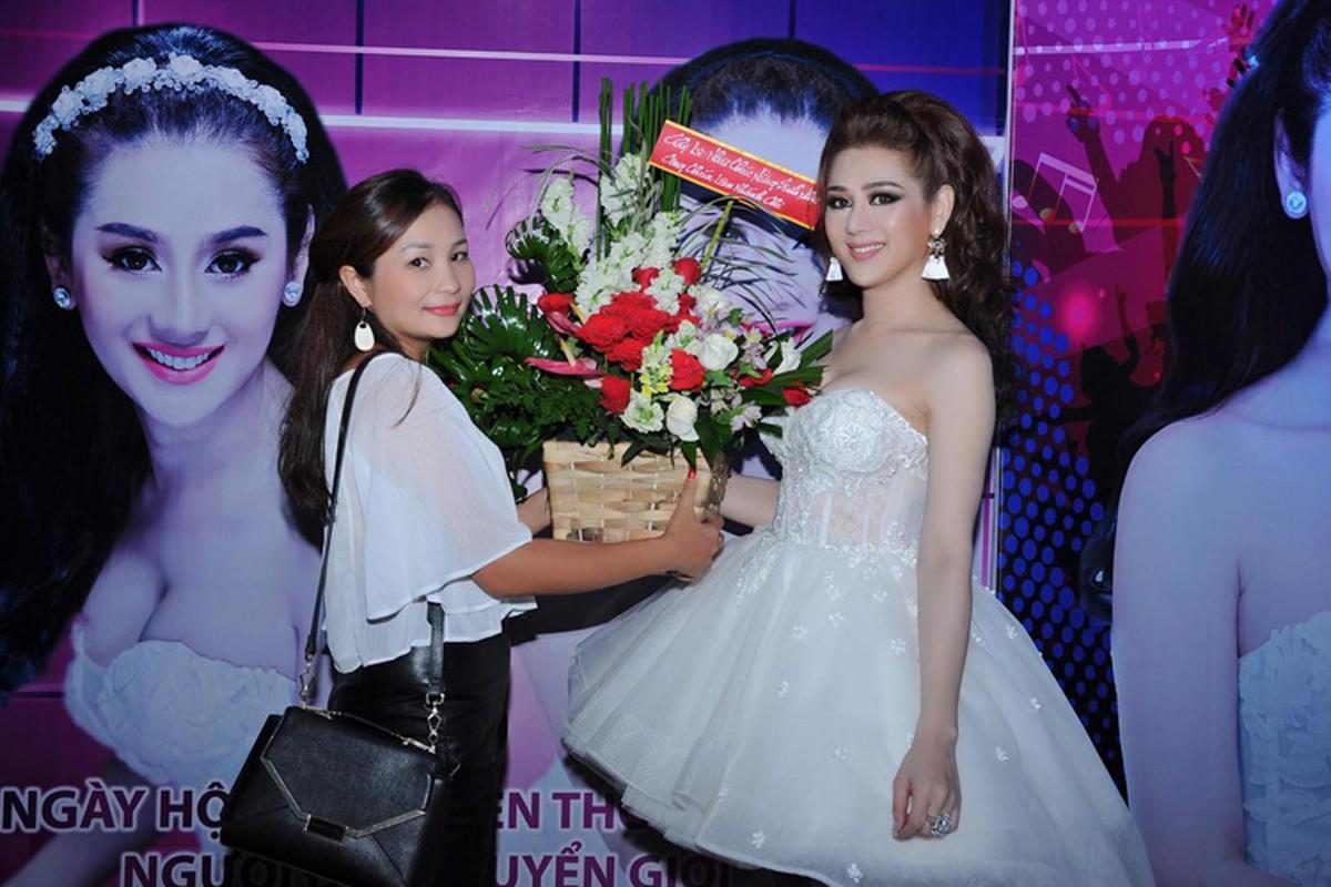 Lam Chi Khanh vui ve don sinh nhat sau lum xum-Hinh-7