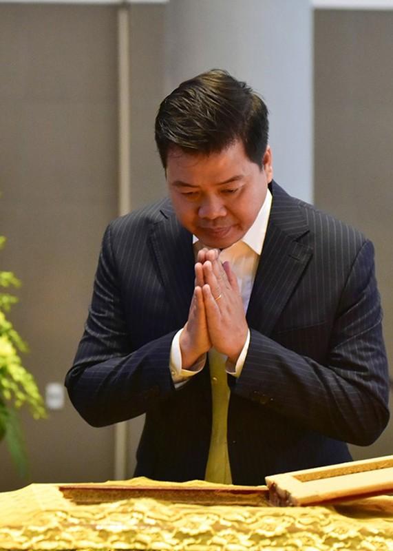 Nghe si Viet nghen ngao trong dam tang nhac si Hoang Duong-Hinh-15