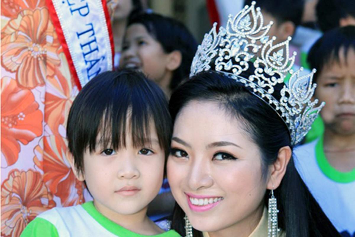 Bi don mua giai, Luong Thuy Linh va loat hoa hau dap tra sao?-Hinh-10