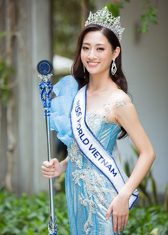 Bi don mua giai, Luong Thuy Linh va loat hoa hau dap tra sao?