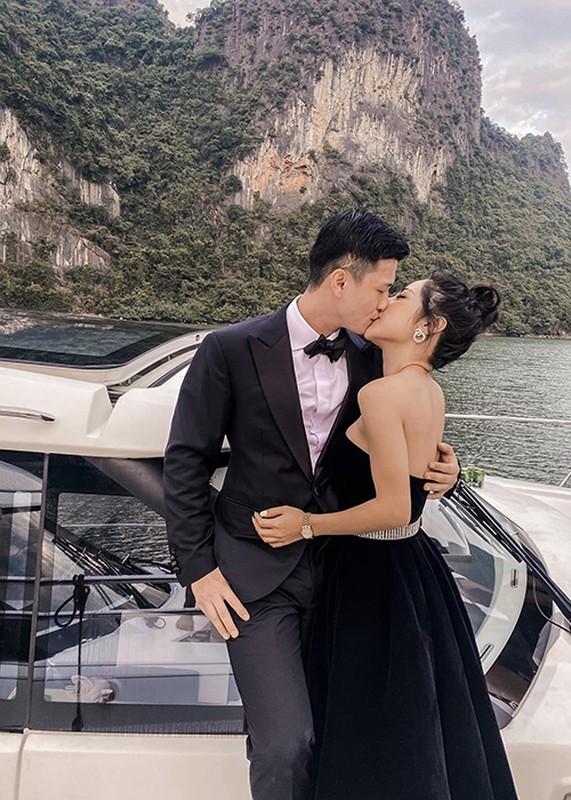 """Chuyen tinh """"ngot lim"""" cua Huynh Anh va ban gai hon tuoi-Hinh-4"""