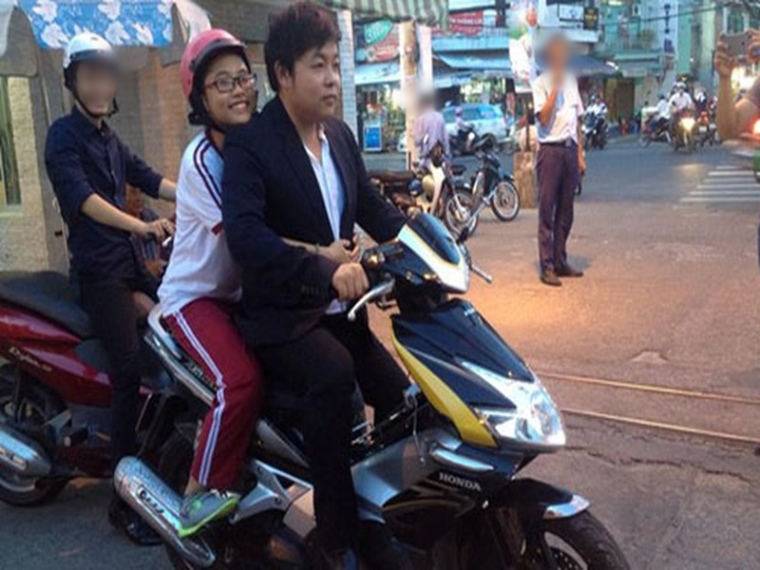 Quang Le nghi chuyen di tu, doi tu on ao the nao?-Hinh-3