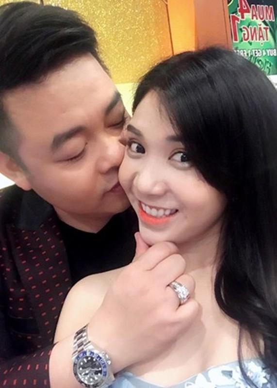 Quang Le nghi chuyen di tu, doi tu on ao the nao?-Hinh-8