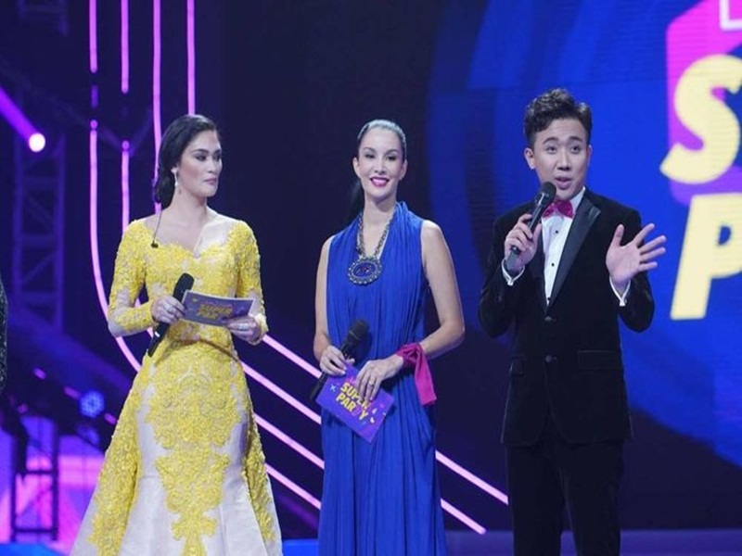 "Bat ngo kha nang ngoai ngu va nhai giong cua ""Bo gia"" Tran Thanh-Hinh-3"