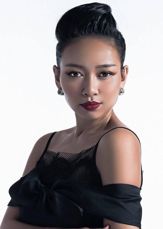 Duong tinh cua ca si Thao Trang truoc khi hen ho trai Tay U50-Hinh-6