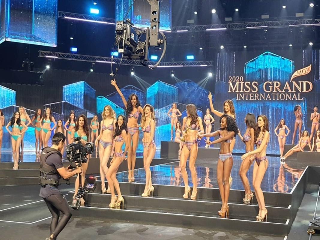 Ngoc Thao truot top 10, dai dien My dang quang Miss Grand International-Hinh-4