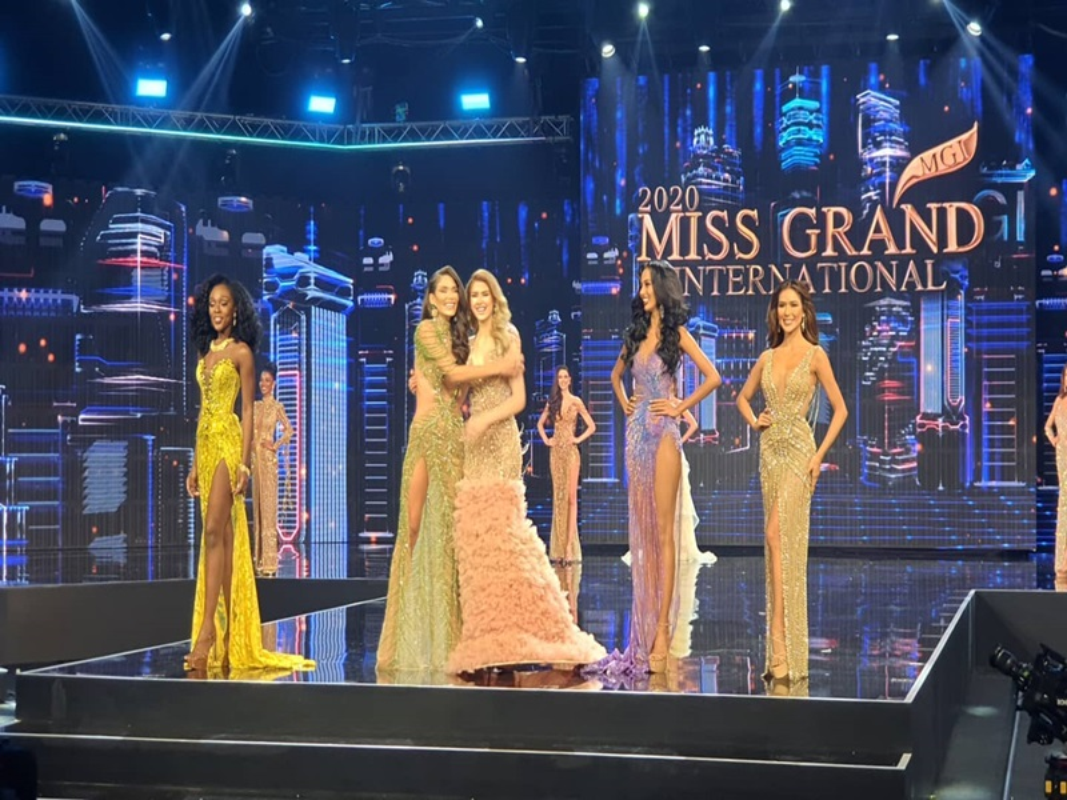 Ngoc Thao truot top 10, dai dien My dang quang Miss Grand International-Hinh-5