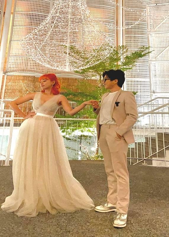 Miko Lan Trinh va ban trai chuyen gioi ngay cang man nong-Hinh-7