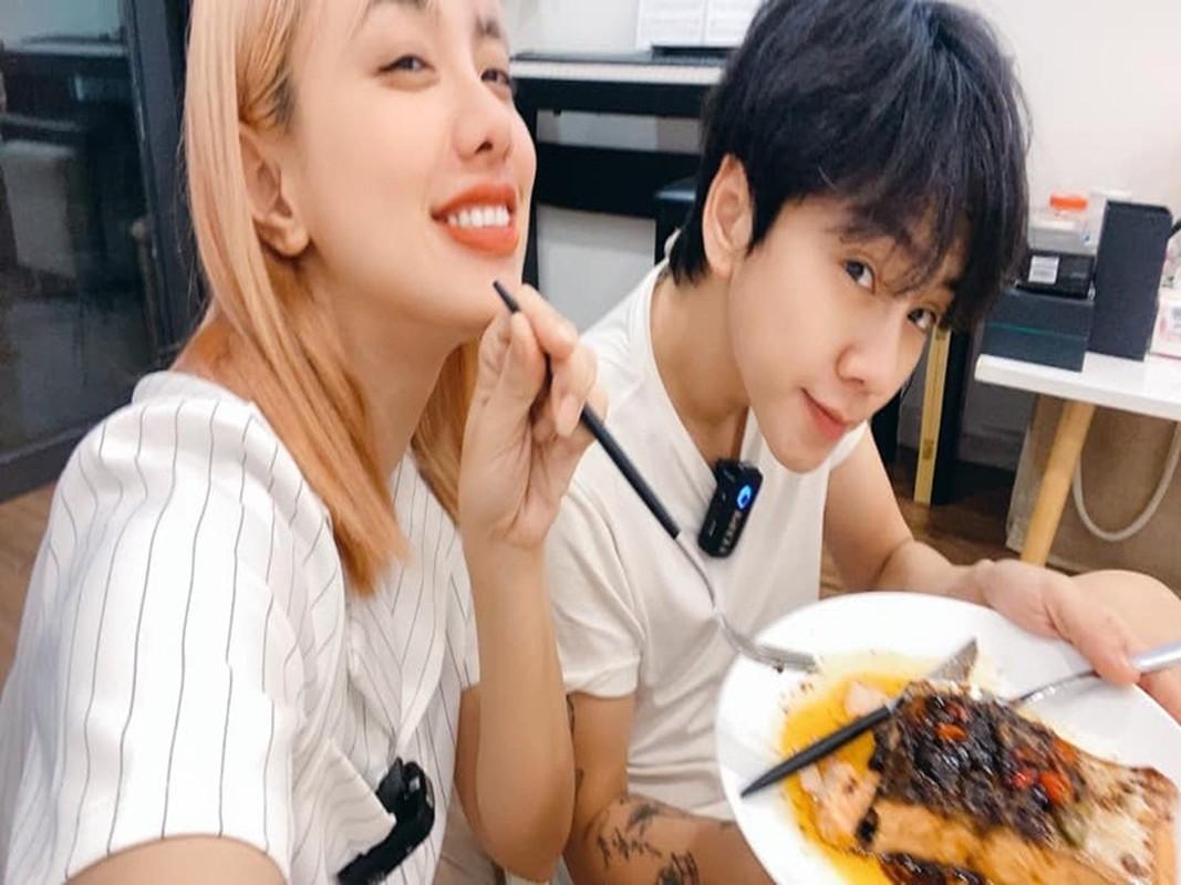 Miko Lan Trinh va ban trai chuyen gioi ngay cang man nong-Hinh-8