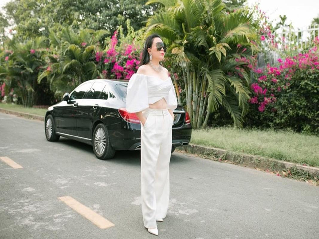 Phuong Chanel khoe eo 63, Quach Ngoc Ngoan miet mai dong phim-Hinh-3