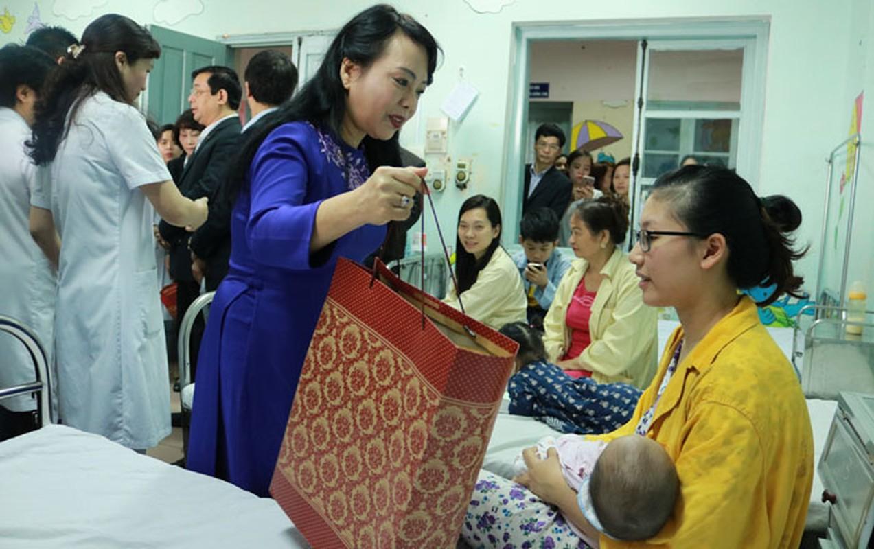 Chinh phu chia tay nguyen Bo truong Nguyen Thi Kim Tien-Hinh-6