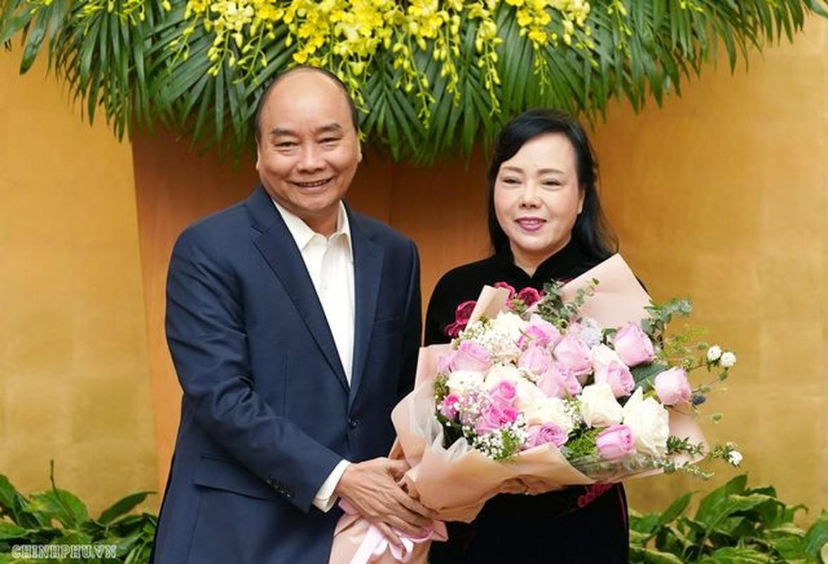 Chinh phu chia tay nguyen Bo truong Nguyen Thi Kim Tien