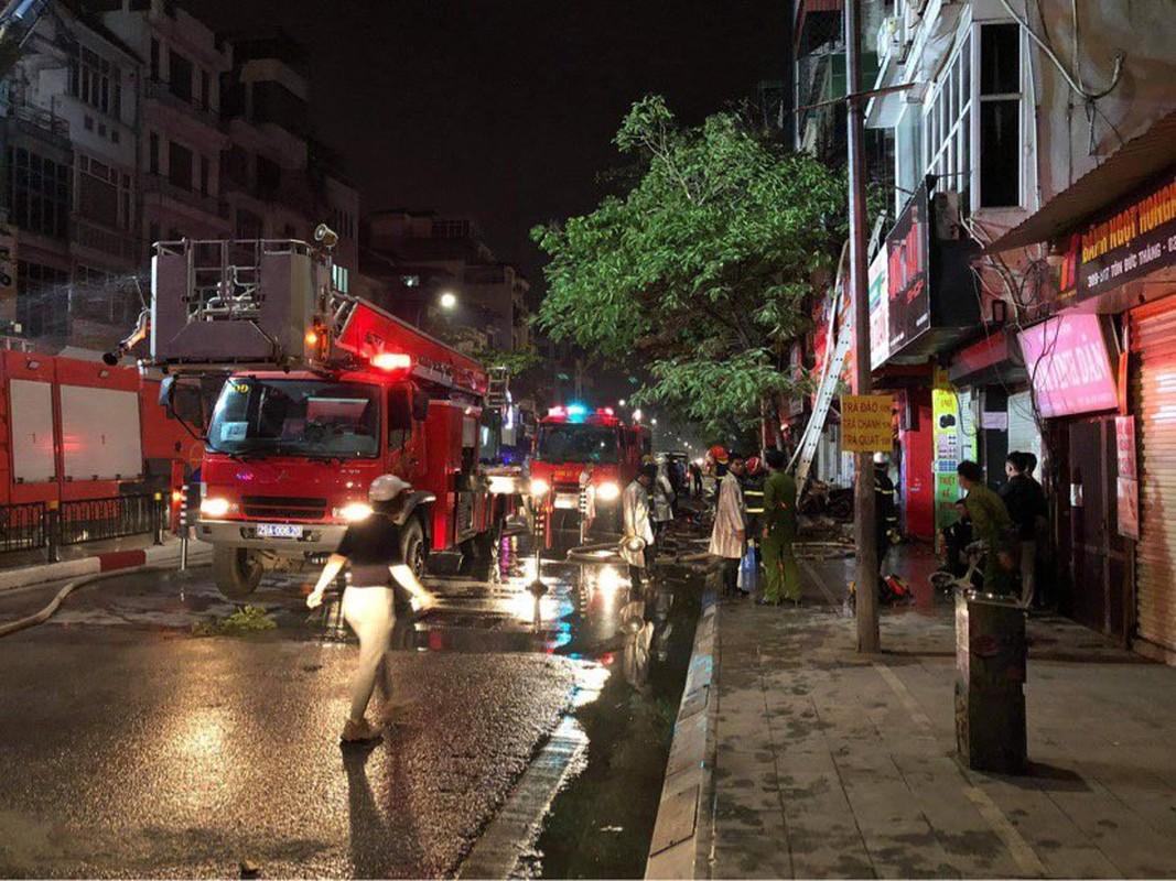 "Chay nha khien 4 nguoi tu vong: Hiem hoa tu coi noi, xay ""chuong cop""-Hinh-8"