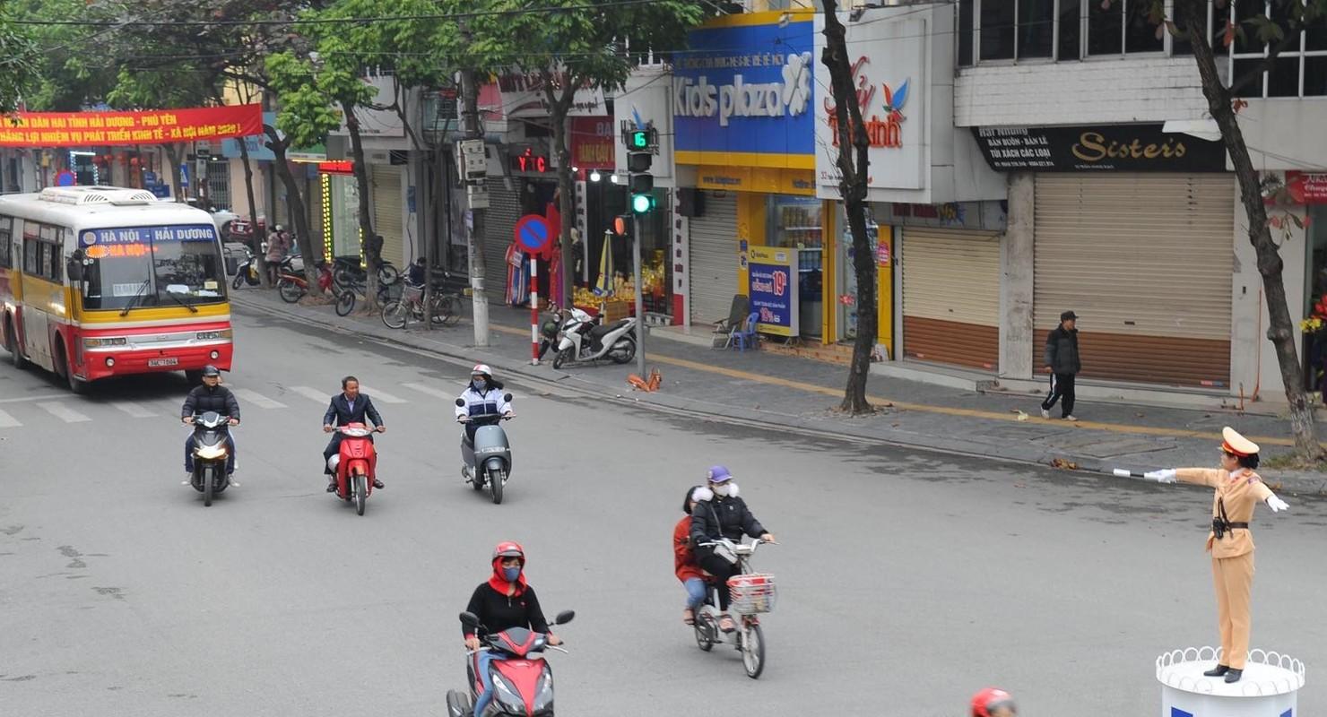 Nu CSGT Hai Duong xinh dep xuong duong, dan chap hanh nghiem-Hinh-12