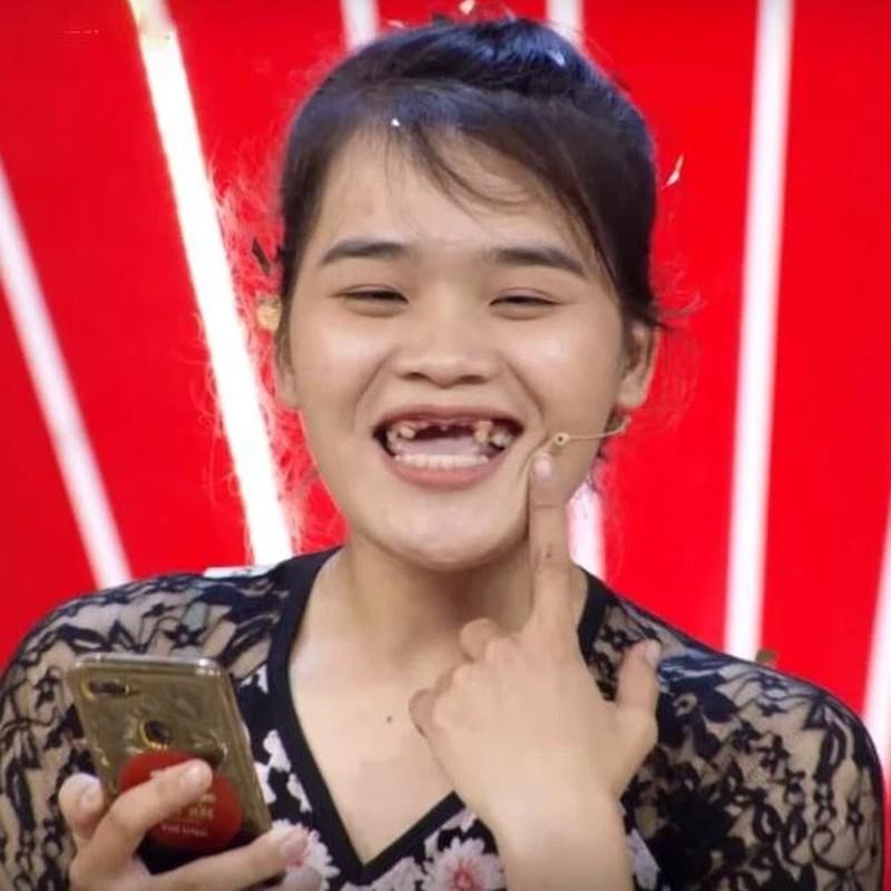 'Thanh sun' Ngan Thao song sang xin sau khi roi 'Thach Thuc Danh Hai'-Hinh-3