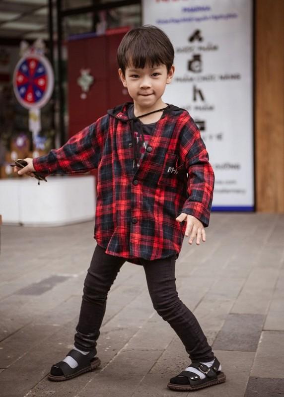 Thu Thuy tung anh gia dinh hanh phuc sau on ao cua chong tre-Hinh-7