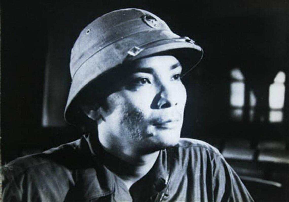 Nghe si Thuong Tin thoi tre dep trai phong tran gai xinh me met-Hinh-6