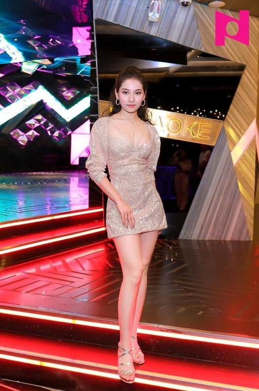 Gu thoi trang sang chanh cua ban gai moi Duong Khac Linh-Hinh-12