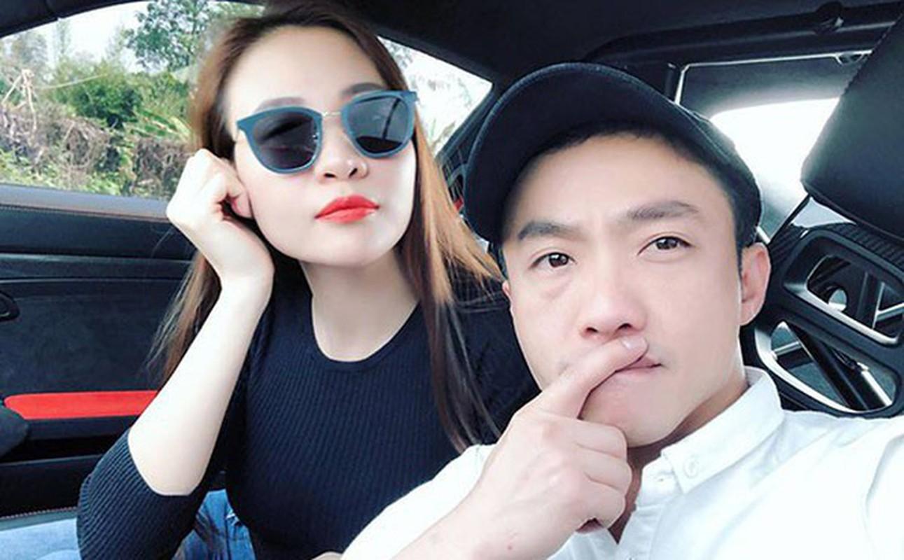 """Phong cach thoi trang """"len doi"""" cua Dam Thu Trang, ban gai Cuong Do La"""