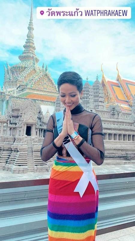 Nhung trang phuc gay an tuong cua Hoa hau H'Hen Nie tai Miss Universe 2018-Hinh-8