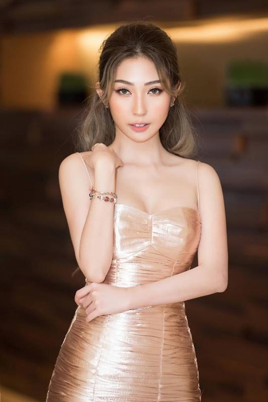Khong Tu Quynh ngay cang mac goi cam sau chia tay Ngo Kien Huy-Hinh-3