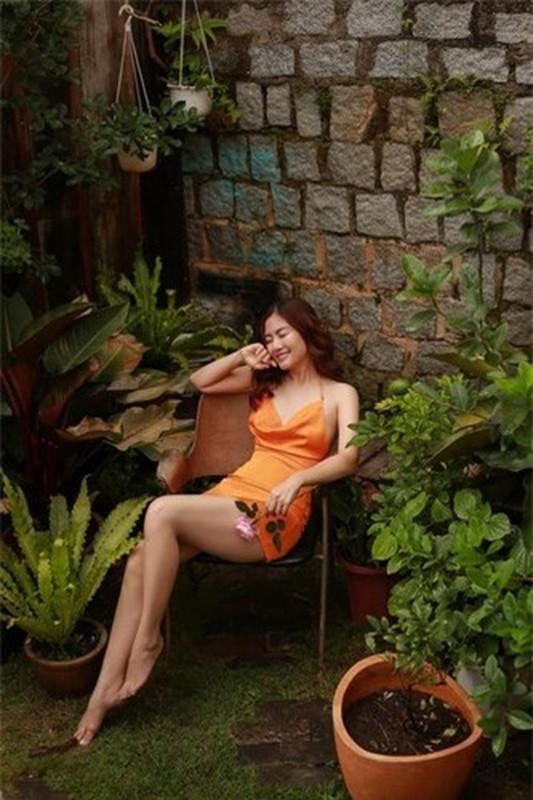 Ngoc Lan ngay cang an mac goi cam giua on ao ly hon-Hinh-5