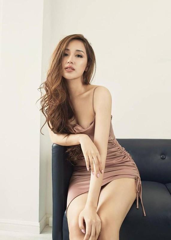 Mai Phuong Thuy ngay cang xinh dep va an mac goi cam-Hinh-4