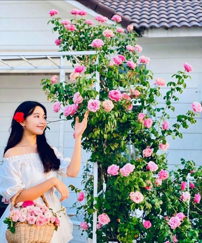 Man nhan gu thoi trang nu tinh cua co con gai xinh nhu mong cua Quyen Linh