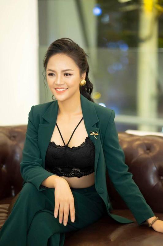 Ly Nha Ky va nhung my nhan Viet chuong mot dien vest lo noi y-Hinh-11