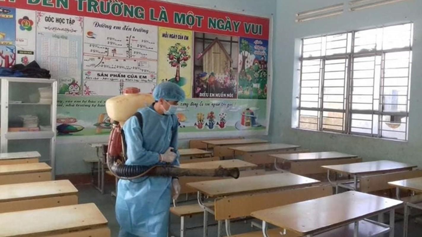 "Ben trong khu cach ly o ""o dich"" benh bach hau tai tinh Dak Nong-Hinh-8"