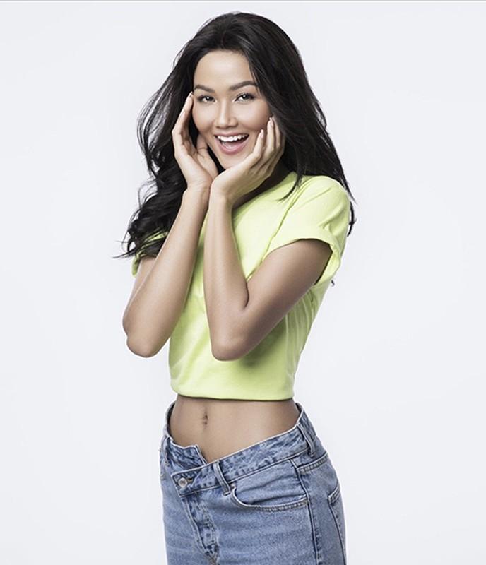 """Do"" ve sexy cua cac nang hau Viet khi dien ao crotop khoe eo-Hinh-11"