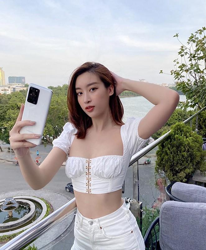 """Do"" ve sexy cua cac nang hau Viet khi dien ao crotop khoe eo-Hinh-5"