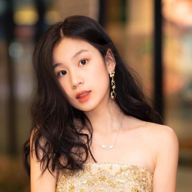 Nhan sac va gu thoi trang nu tinh cua con gai 15 tuoi Luu Thien Huong-Hinh-8