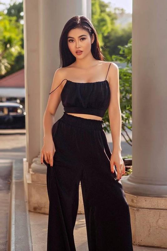 """Gu thoi trang nong bong """"nhuc mat"""" cua hot girl an choi nhat Sai thanh-Hinh-5"""
