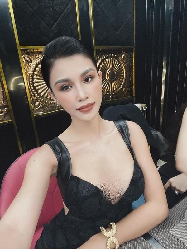"""Gu thoi trang nong bong """"nhuc mat"""" cua hot girl an choi nhat Sai thanh-Hinh-7"""