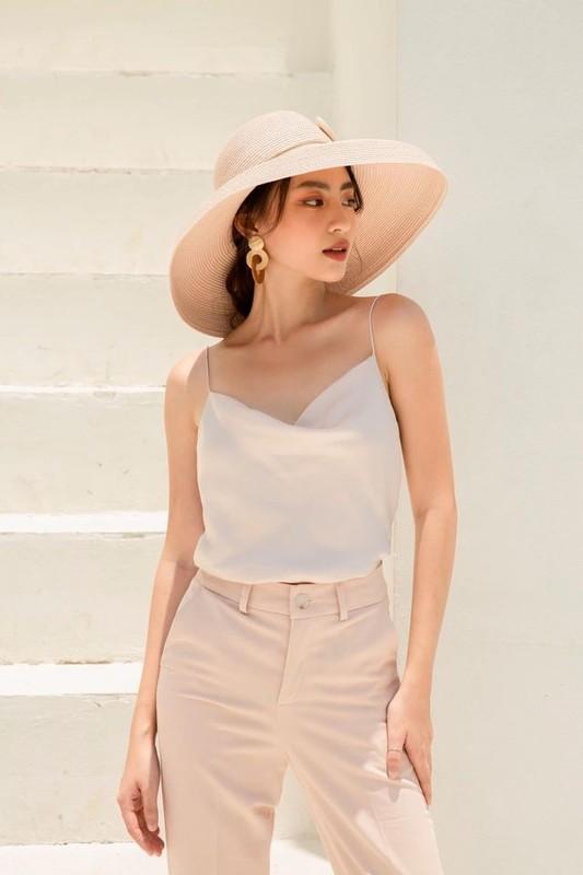 """Hot girl Viet lot """"top 100 guong mat dep nhat the gioi"""" an mac sanh dieu-Hinh-9"""