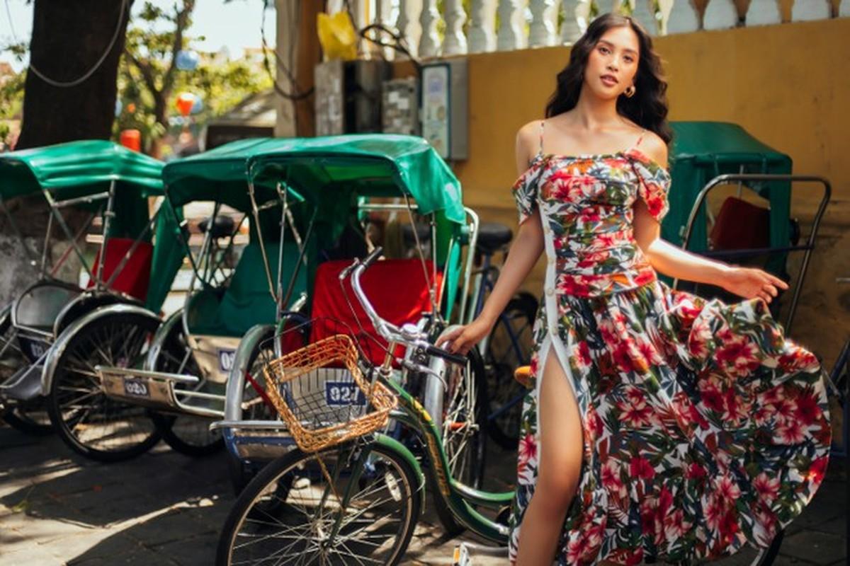 Hoa hau Tieu Vy an mac goi cam trong bo anh moi o que nha-Hinh-3
